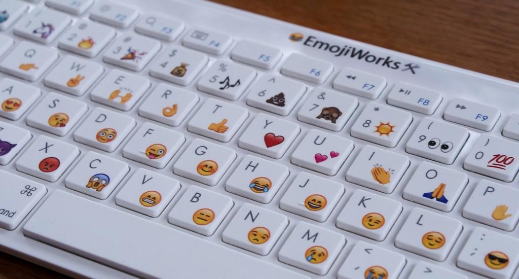 Emojy Keyboard, la tastiera con le emoticons stampate sui tasti