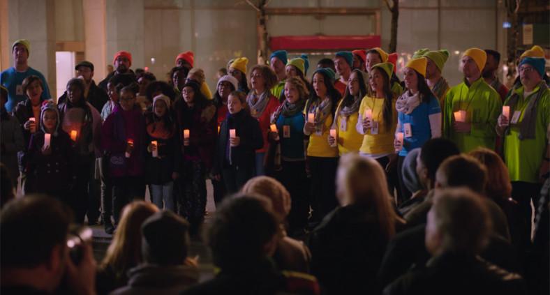 Microsoft diffonde lo spirito del Natale sulla 5th Avenue di New York