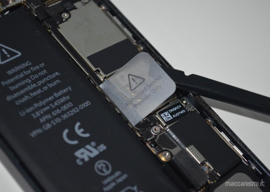 Rimozione batteria iPhone 5